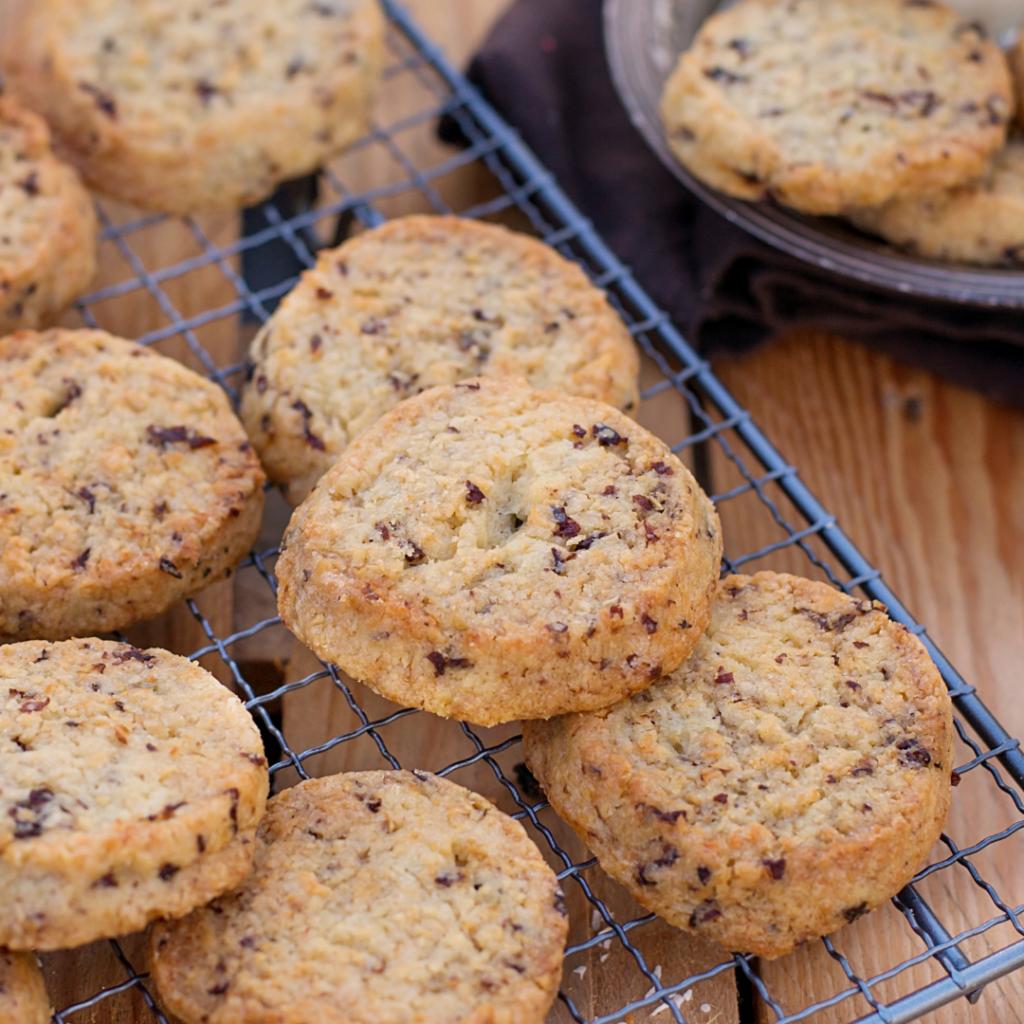 rum and raisin fudge cookies